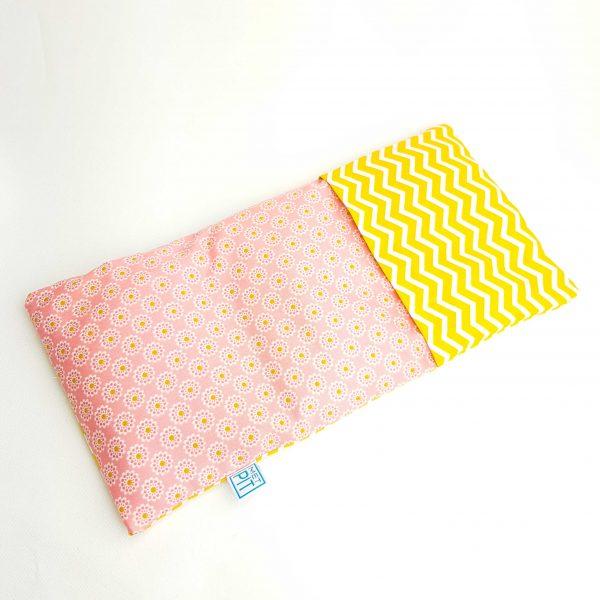 Pittenzak warmtekussen en coldpack geel roze